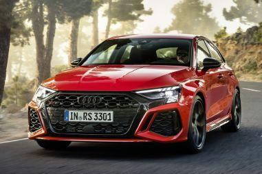 Audi RS3 нового поколения сохранила «турбопятерку» и получила инновационную заднюю ось