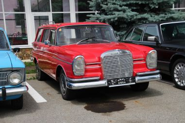 Минус 14 автомобилей сенатора Арашукова
