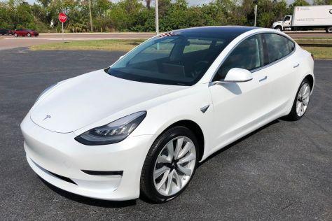 Tesla отчиталась о рекордной прибыли