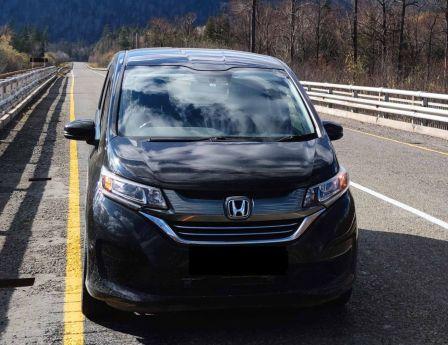 Honda Freed+ 2017 - отзыв владельца