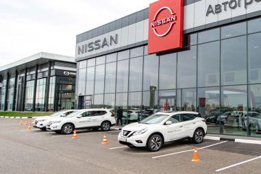 Nissan снова повысил цены на свои кроссоверы в России