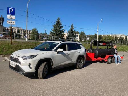 Toyota RAV4 2020 - отзыв владельца