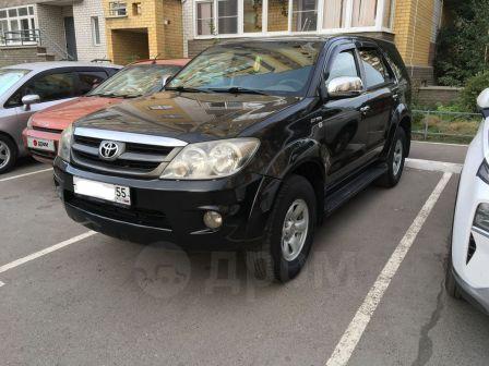 Toyota Fortuner 2005 - отзыв владельца