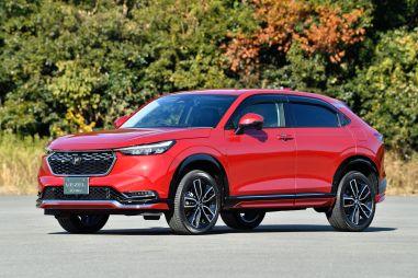 Статистика продаж новых авто в Японии за август: рост Toyota Aqua и Honda Vezel