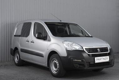 В России стали доступны новые версии Peugeot Partner