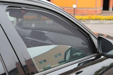 ГИБДД: ужесточение ответственности за шторки на окнах автомобилей — это фейк