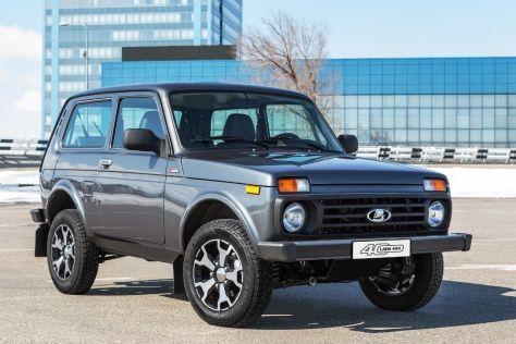 АвтоВАЗ стремится снизить дефицит трехдверных Lada Niva