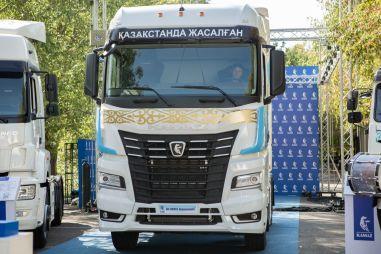 В Казахстане наладили отверточную сборку флагманского КАМАЗа