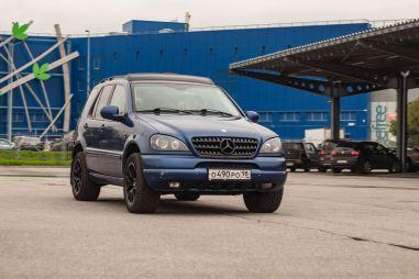 Народное ретро: Mercedes-Benz ML W163. Зачем брать двадцатилетний M-класс?