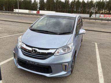 Honda Freed 2014 отзыв автора | Дата публикации 23.09.2021.