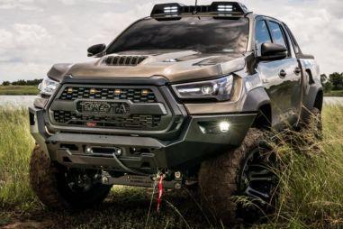 Для Toyota Hilux разработали новый грозный обвес