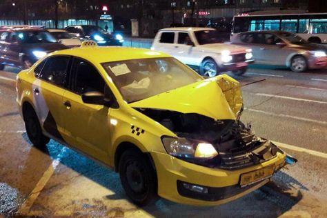 В Москве снизилась смертность в ДТП с автомобилями такси