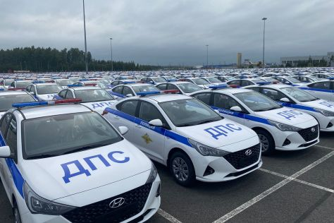 Дорожная полиция в России получила 2,5 тысячи патрульных Hyundai Solaris