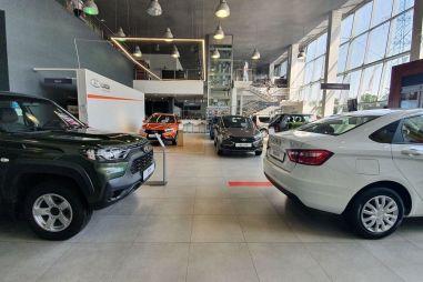 Haval — не в Топ-10, Lada — в коллапсе, Porsche — зашаталась: что творится с продажами машин?