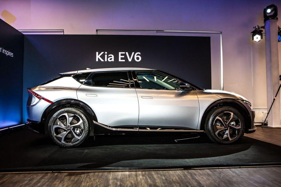 Kia EV6. В России с 2022 года: сначала из Кореи, потом — из Калининграда