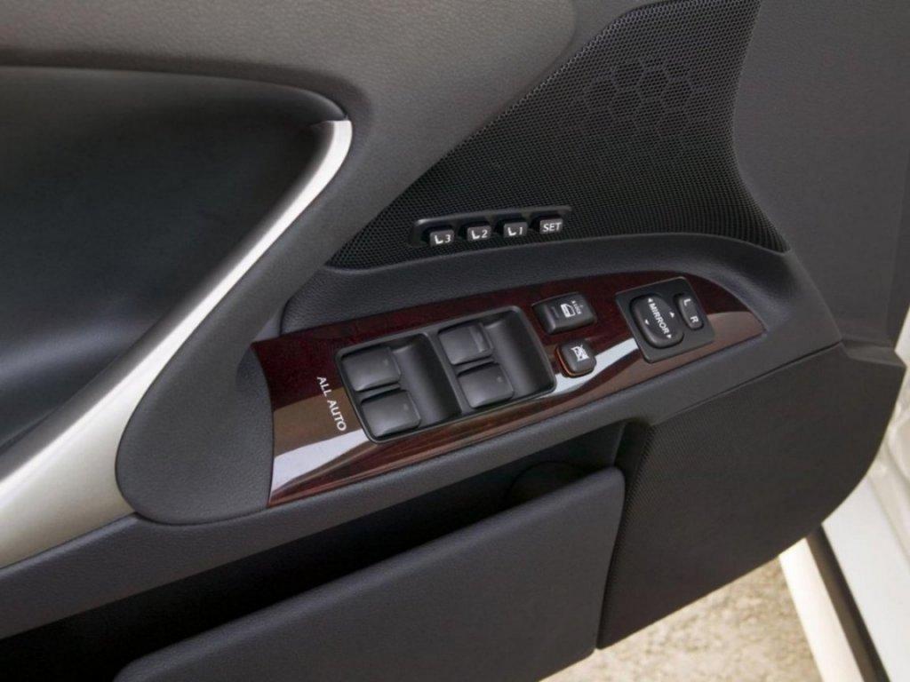 Лексус ИС 250 технические характеристики. Lexus IS250 ...