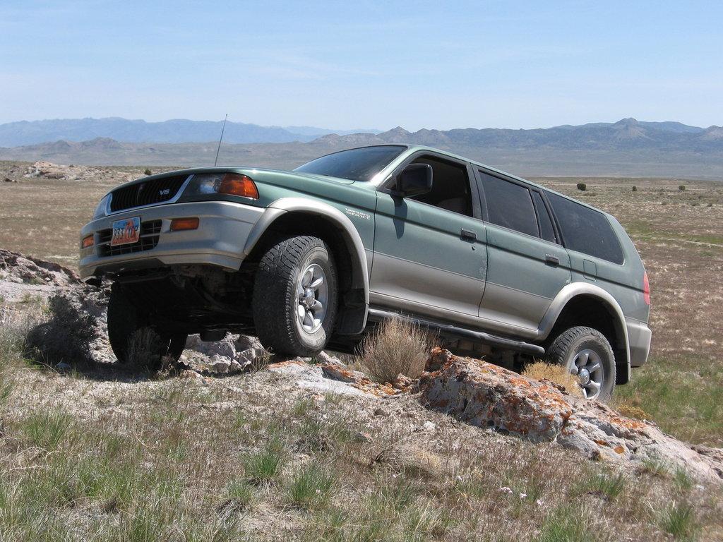 Mitsubishi Montero Sport 1997 1998 1999 2000 2001 Suv 1 2004