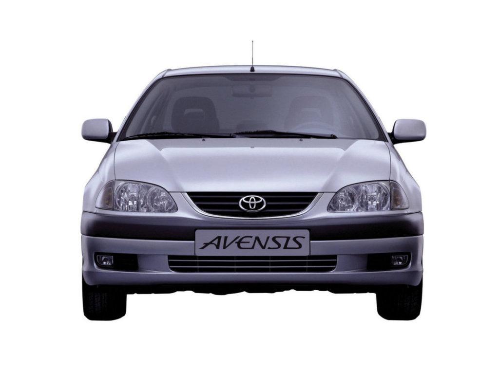 toyota avensis 2002 года