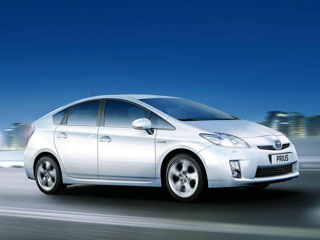 Технические характеристики Toyota Prius Тойота Приус