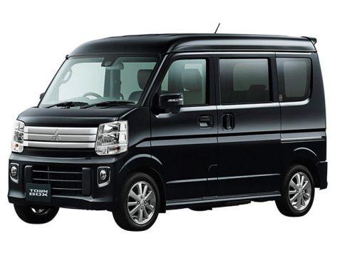 Mitsubishi Town Box  03.2015 -  н.в.