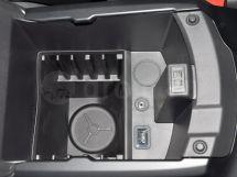 Дополнительное оборудование аудиосистемы: 9 динамиков, USB, AUX
