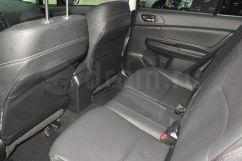 Второй ряд сидений: Заднее сиденье, складывающееся в пропорции 60/40