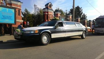 Иркутск Town Car 1999