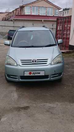 Магадан Toyota Ipsum 2003