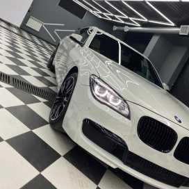 Грозный BMW 7-Series 2012