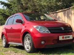 Уссурийск Toyota ist 2003
