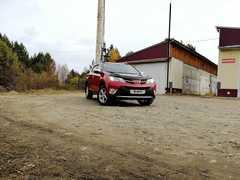 Саянск Toyota RAV4 2013