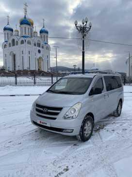 Южно-Сахалинск Grand Starex 2009