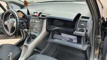Барнаул Toyota Auris 2008