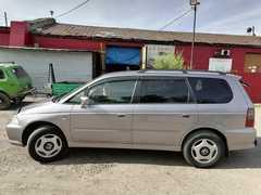 Кызыл Honda Odyssey 2000
