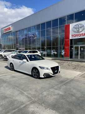Хабаровск Toyota Crown 2018