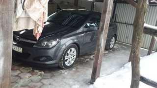 Елец Astra GTC 2010