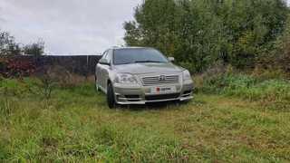 Шадринск Avensis 2004