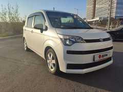 Хабаровск Toyota Spade 2013