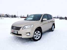 Новый Уренгой Toyota RAV4 2011