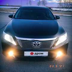 Нижневартовск Toyota Camry 2011