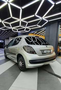 Москва Peugeot 207 2008