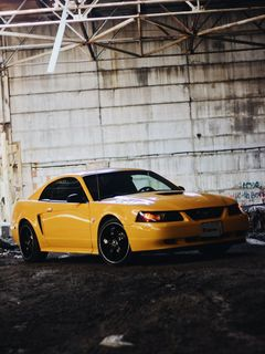 Сургут Mustang 1999