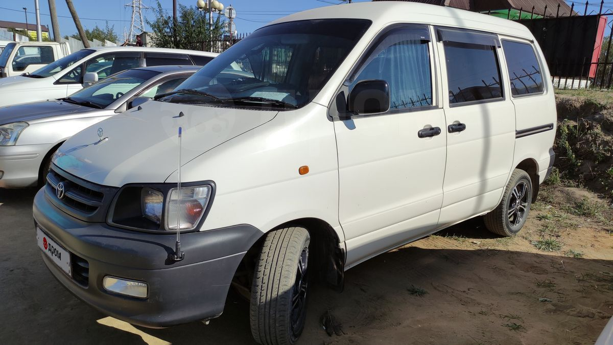 Toyota Town Ace 2003