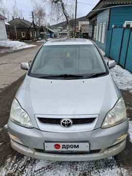 Киренск Toyota Ipsum 2001