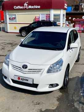 Владивосток Toyota Verso 2012