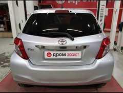 Владивосток Toyota Vitz 2012
