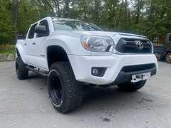 Владивосток Toyota Tacoma 2012