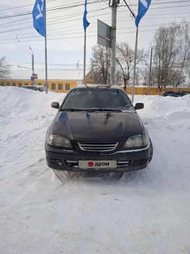 Брянск Avensis 2000