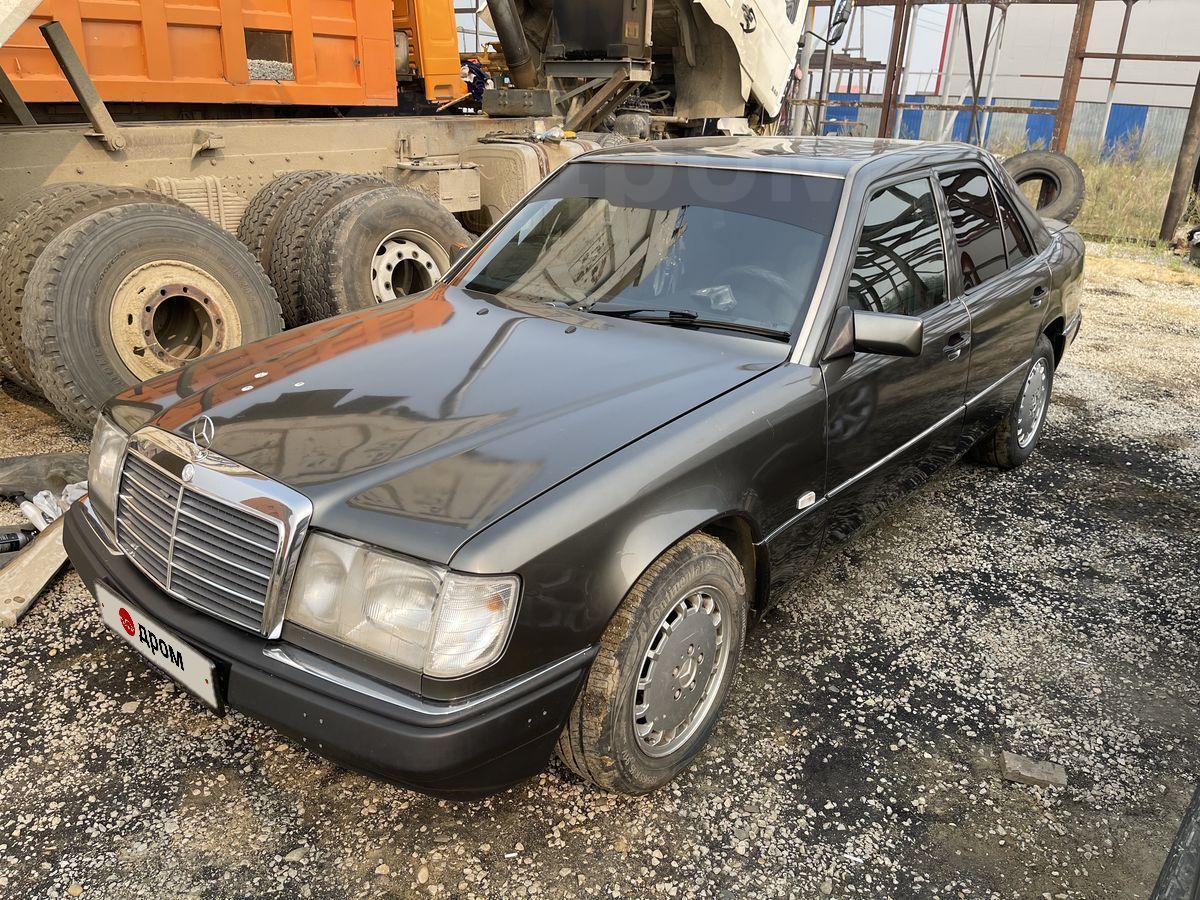 Mercedes-Benz Mercedes 1993