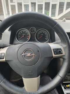 Ноябрьск Astra GTC 2007